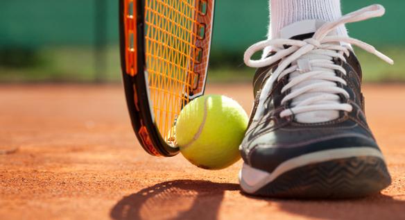 Na co warto zwrócić uwagę przy zakupie obuwia tenisowego?