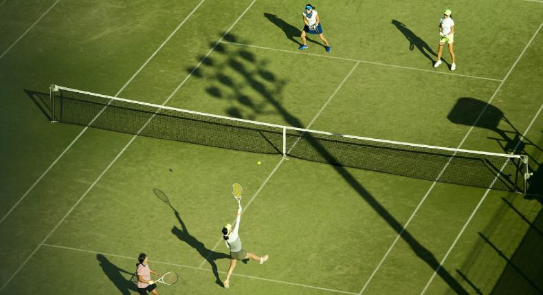 Na jakich nawierzchniach gra się najlepiej w tenisa?