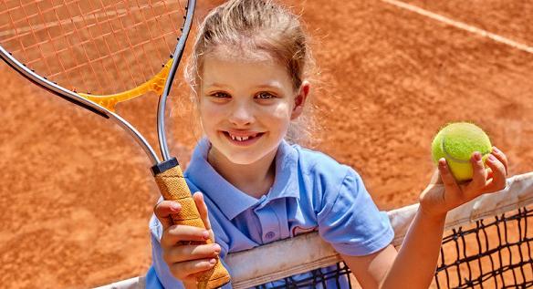 dziecko tenis
