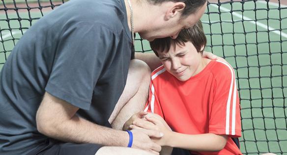 Jak uniknąć kontuzji w tenisie?