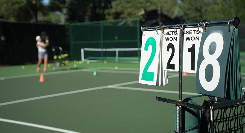 Gra w tenisa – wskazówki dla początkujących