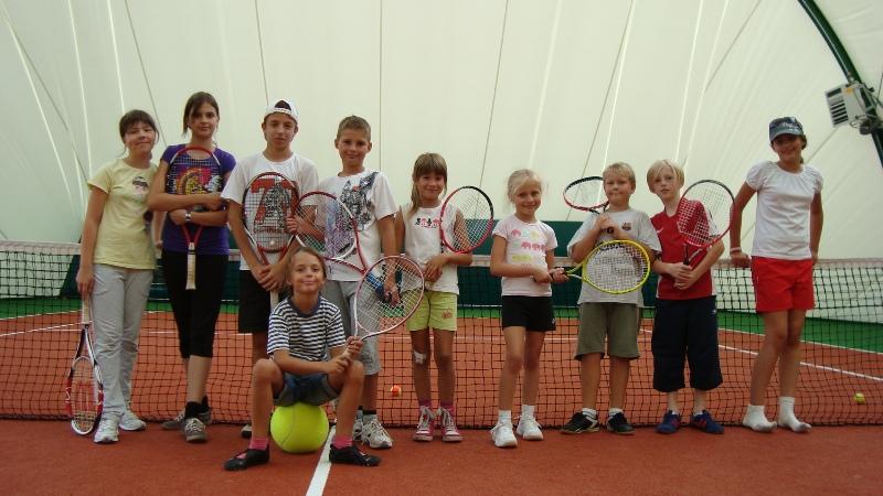 Jak ubrać małego tenisistę?