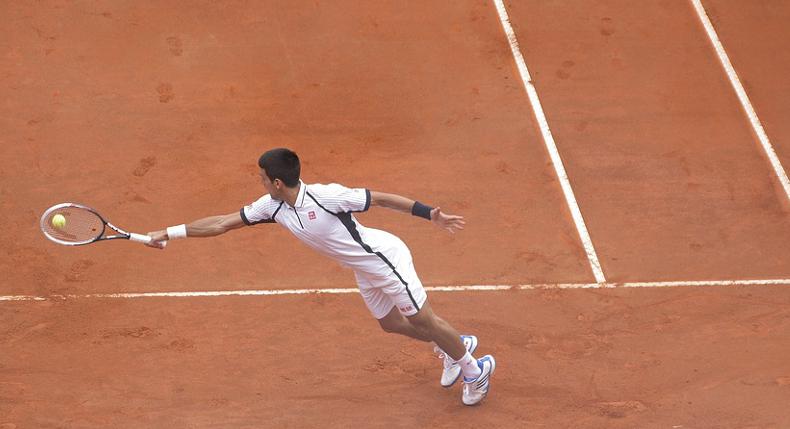 kontuzje nadgarstka podczas gry w tenisa