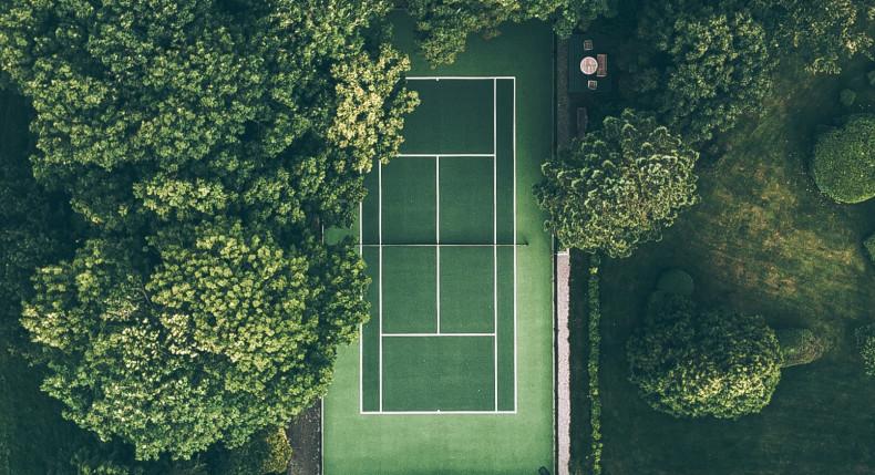Znaczenie linii na korcie tenisowym