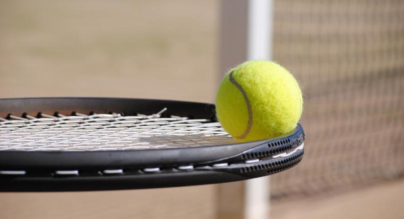 rakieta i piłka tenisowa