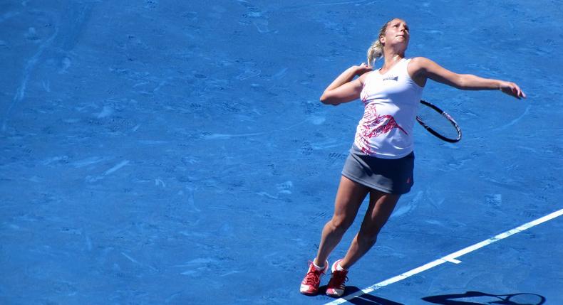 Praca nóg i poruszanie się po korcie tenisowym