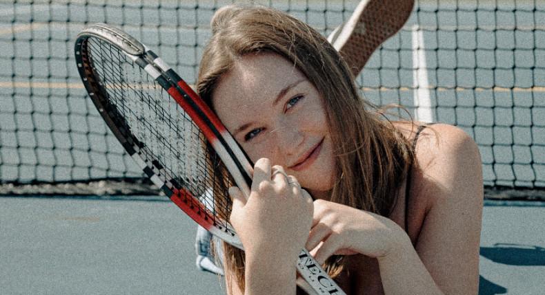 Jak nauka gry w tenisa wpływa na zachowanie dziecka?